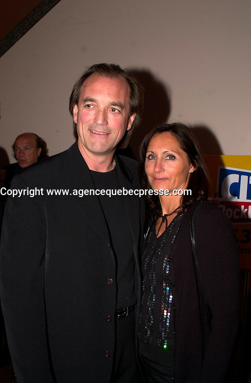 May 8 2003, Montreal, Quebec, Canada<br /> <br /> Air Transat pilot Robert Pich&Egrave; (L) and his wife (R)<br /> <br /> On Aug. 24, Pich&Egrave; glided an Air Transat jet that had run out of fuel over the Atlantic Ocean to an emergency landing in the Azores Islands. There were more than 300 people on board. <br /> <br /> <br /> Mandatory Credit: Photo by Pierre Roussel- Images Distribution. (&copy;) Copyright 2003 by Pierre Roussel <br /> <br /> NOTE : <br />  Nikon D-1 jpeg opened with Qimage icc profile, saved in Adobe 1998 RGB<br /> .Uncompressed  Original  size  file availble on request.