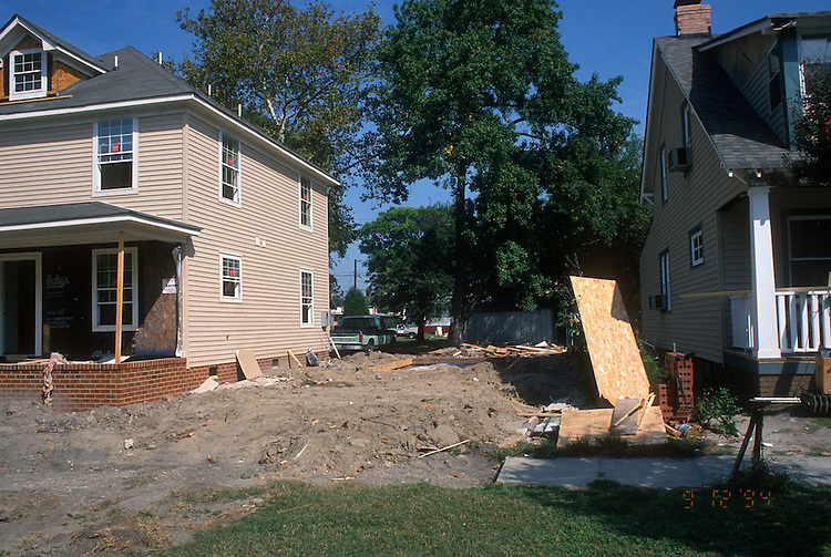 1994 September 12..Conservation.Park Place...HOME PROGRAM.VACANT LOT NEAR 730 WEST 31ST STREET...NEG#.NRHA#..