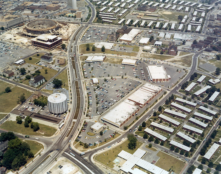 1970 June 01..Redevelopment.Downtown East (R-18)..Aerial view new shopping center.Tidewater Gardens.Young Terrace..Millie Boyer.NEG# MB 70-1-29.NRHA#..