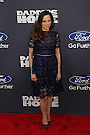 Actress Linda Cardellini at  Paramount Pictures and Red Granite Pictures presents the New York Premiere of Daddy's Home sponsored by Ford Motor Company held at AMC Lincoln Square
