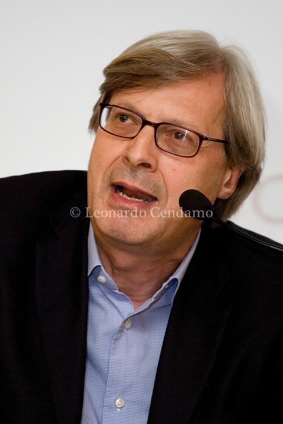 Jun 2009, Milan: Vittorio Sgarbi, Italian art critic, politician, cultural commentator and TV personality, at Milanesiana 2009  © Leonardo Cendamo