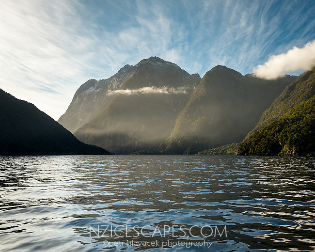 Morning at entrance into Milford Sound, Fiordland National Park, Southland, UNESCO World Heritage Area, New Zealand, NZ