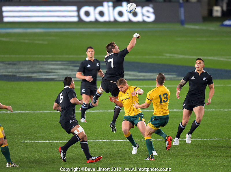 Richie McCaw competes for the ball at the kickoff during the Rugby Championship international rugby Bledisloe Cup test match between All Blacks and Australia at Eden Park, Auckland, New Zealand on Saturday, 25 August 2012. Photo: Dave Lintott / lintottphoto.co.nz