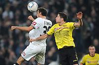 FUSSBALL   1. BUNDESLIGA   SAISON 2011/2012    15. SPIELTAG Borussia Moenchengladbach - Borussia Dortmund        03.12.2011 Martin STRANZL (li, Moenchengladbach) gegen Robert LEWANDOWSKI (re, Dortmund)