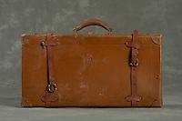 Willard Suitcases / William Lo / ©2014 Jon Crispin