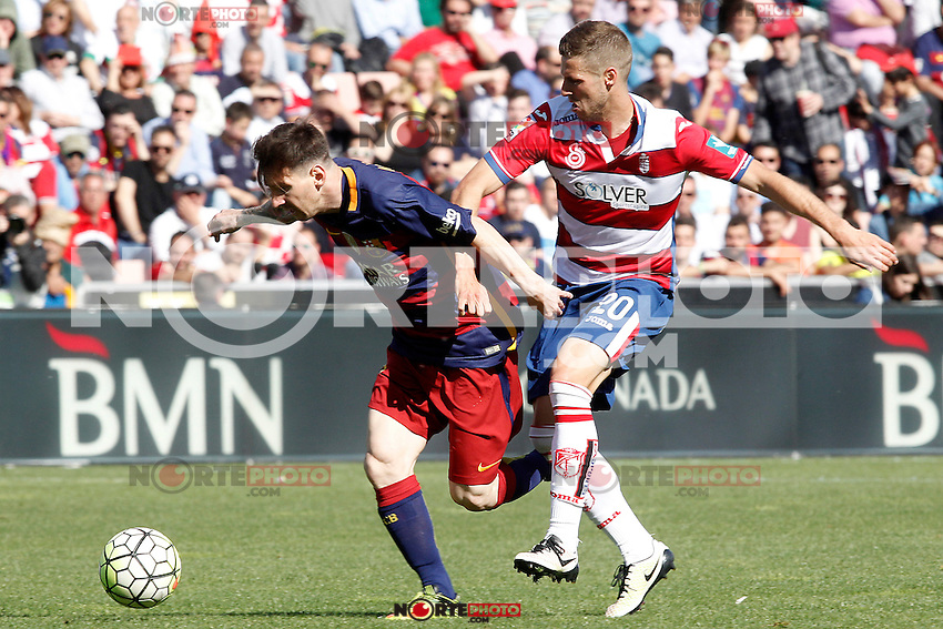 Granada's Ruben Perez (r) and FC Barcelona's Leo Messi during La Liga match. May 14,2016. (ALTERPHOTOS/Acero) /NortePhoto.com