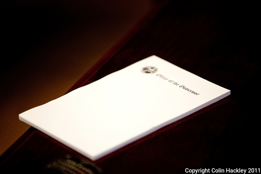 TALLAHASSEE, FLA. 6/14/11-DEMPSEY061411HACKLEY08-An blank memo pad sets on the coffee table of Hayden Dempsey's office while he talks about his work as special counsel to Gov. Rick Scott during an interview Tuesday at the Capitol in Tallahassee. Dempsey says Scott routinely comes to daily staff meetings with pages of notes on ideas he needs acted upon..COLIN HACKLEY PHOTO