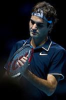 Roger Federer (SUI) against Fernando Verdasco (ESP) in the Group A match of the Barclays ATP World Tour Finals. Federer beat Verdasco 4-6 7-5 6-1 ..International Tennis - Barclays ATP World Tour Finals - O2 Arena - London - Day 1 - Sun 22 Nov 2009..© Frey - AMN IMAGES, Level 1 Barry House, 20-22 Worple Road, London, SW19 4DH - +44 20 8947 0100