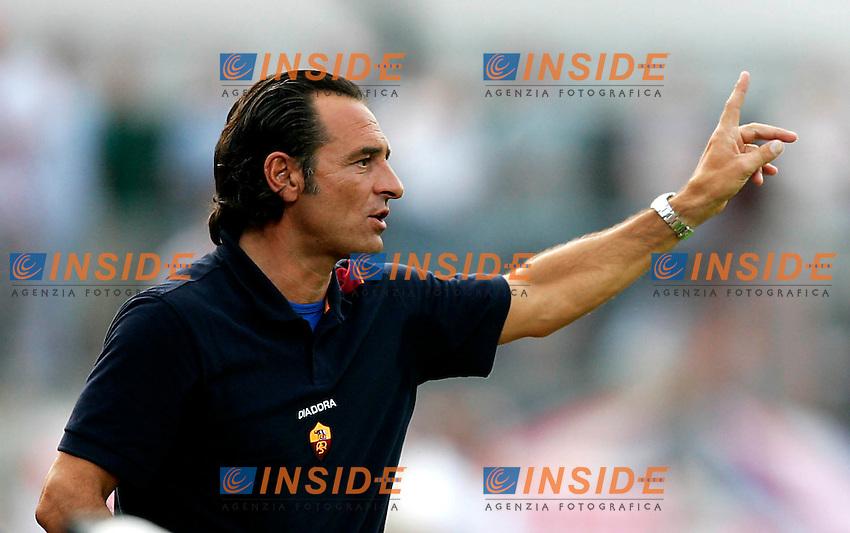20/7/2004 ritiro AS Roma <br /> Amichevole Roma Rangers <br /> <br /> Cesare Prandelli Allenatore della Roma - Roma trainer<br /> Photo Insidefoto