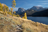 Hiking Trail, fall colors, Green River Lake, Wind River Mountains, Pinedale, Wyoming