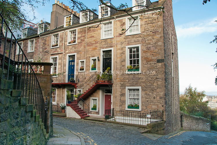 Stone Houses In Edinburgh Old Town Scotland Ramsay