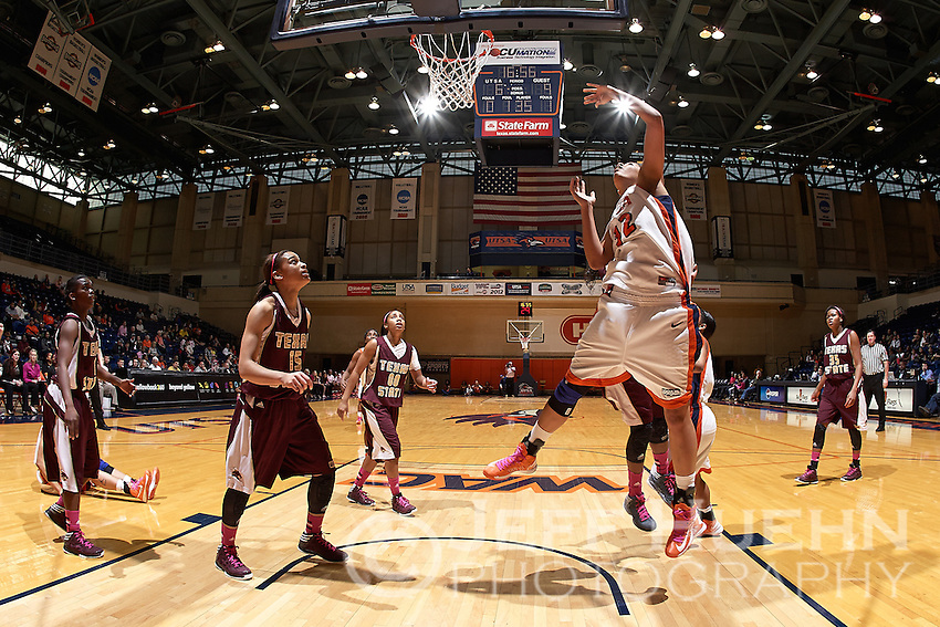 SAN ANTONIO, TX - FEBRUARY 16, 2013: The Texas State University Bobcats vs. the University of Texas at San Antonio Roadrunners Women's Basketball at the UTSA Convocation Center. (Photo by Jeff Huehn)