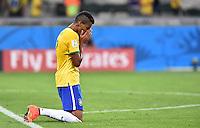 FUSSBALL WM 2014                HALBFINALE Brasilien - Deutschland          08.07.2014 Luiz Gustavo (Brasilien) ist nach dem Abpfiff enttaeuscht