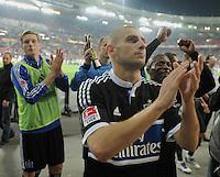 FUSSBALL   1. BUNDESLIGA  SAISON 2011/2012   7. Spieltag     23.09.2011 VfB Stuttgart - Hamburger SV Mladen Petric (Hamburger SV) mit Dank an die HSV Fans