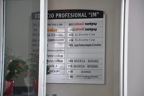 Realizan allanamientos en oficinas de la financiera Inversia