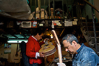 The guitar master of Bogota - Calle de los Mandolinas - Bogota - Colombia