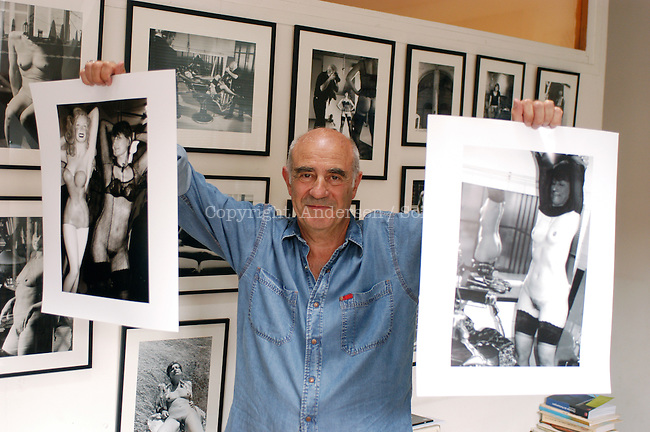Jacques Henric, with his pictures of Catherine Millet.
