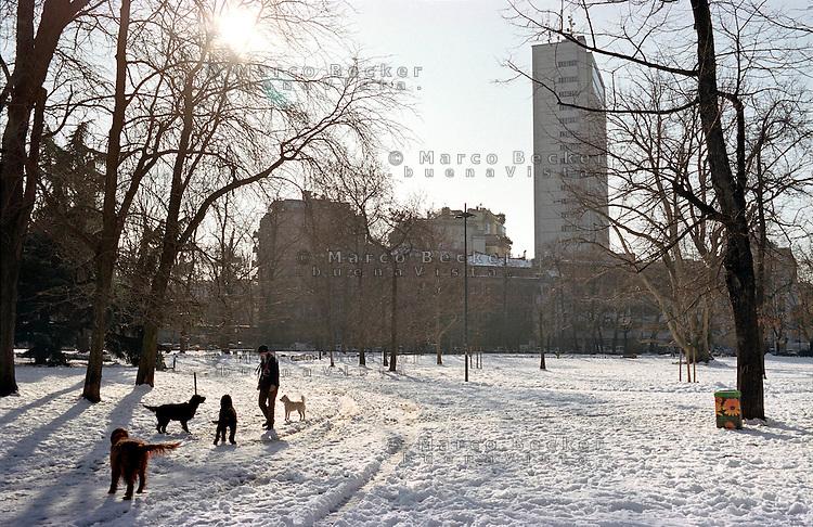 Nevicata su milano gennaio 2009 marco becker - Parco di porta venezia ...