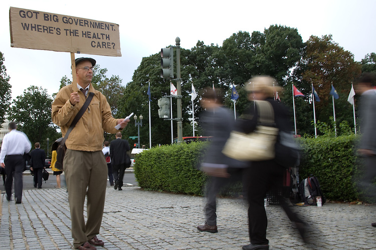 WASHINGTON, DC - September 30:  Andrew Bestor, a self-proclaimed long-time Republican, stands between the Union Station metro stop and the capitol, calling for health care reform with a public option.  (Photo by Ryan Kelly/Congressional Quarterly)