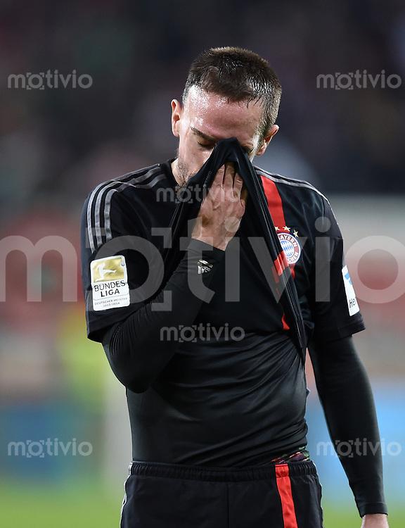 Fussball  1. Bundesliga  Saison 2014/2015  15. Spieltag  FC Augsburg - FC Bayern Muenchen     13.12.2014 Franck Ribery (FC Bayern Muenchen) nachdenklich