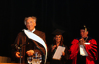 207073 Elie Wiesel Receives Honorary Degree