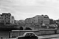 View of Cork City.  St. Patrick's Bridge and Patrick's Street..26.05.1962