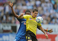 FUSSBALL   1. BUNDESLIGA  SAISON 2011/2012   2. Spieltag   13.08.2011 TSG 1899 Hoffenheim - Borussia Dortmund  Robert Lewandowski (re, Borussia Dortmund) gegen Isaac Vorsah (TSG 1899 Hoffenheim)