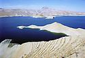 Irak 2000   Le lac de Dokan.    <br /> Iraq 2000  The lake of Dokan<br /> عیراق 2000 , زریباری دوکان