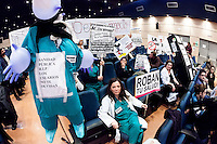 Spanish doctors and public hospital staff are in  strike in Madrid to protest against government plans for privatization of healthcare services amid the deepening financial crisis.