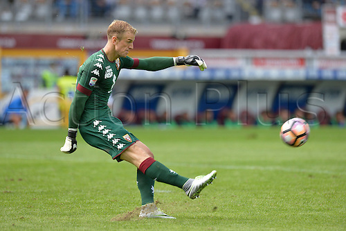 19.09.2016. Stadio Olimpico, Torino, Italy. Serie A Football. Torino versus Empoli. Joe Hart, the keeper of Torino, on loan from Manchester City . The game ended in a 0-0 draw.