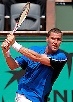 Marat Safin (RUS) (20) against Alexandre Sidorenko (FRA) in the first round of the Men's Singles. Safin beat Sidorenko 6-4 6-4 6-4..Tennis - French Open - Day 1 - Sun 24th May 2009 - Roland Garros - Paris - France.Frey Images, Barry House, 20-22 Worple Road, London, SW19 4DH.Tel - +44 20 8947 0100.Cell - +44 7843 383 012
