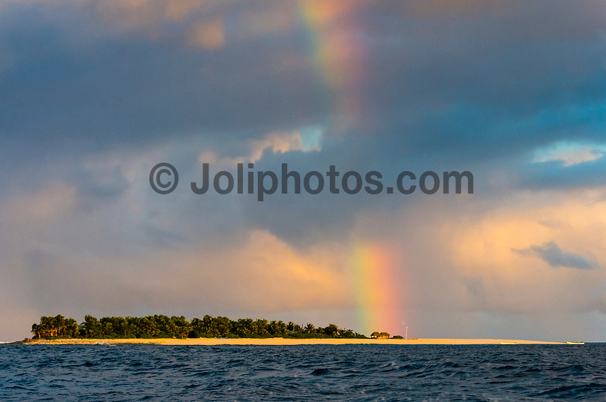 Namotu Island Resort, Namotu, Fiji. (Tuesday May 20, 2014) – There were light winds early today with sunshine and the odd passing shower producing rainbows on and off all morning. There were small wave sessions at Cloudbreak and Namotu Lefts for some of the guests. Photo: joliphotos.com