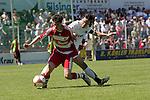 Sandhausen 10.05.2008, Matthias Schwarz (FC Bayern M&uuml;nchen II) und Boris Kolb (SV Sandhausen) in der Regionalliga beim Spiel SV Sandhausen - FC Bayern M&uuml;nchen II<br /> <br /> Foto &copy; Rhein-Neckar-Picture *** Foto ist honorarpflichtig! *** Auf Anfrage in h&ouml;herer Qualit&auml;t/Aufl&ouml;sung. Belegexemplar erbeten.