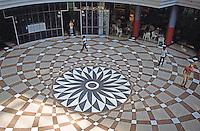 Helmut Jahn: State of Illinois Center, Chicago 1985. Rotunda floor, seen from street level entrance. (Michelangelo's Camidoglio?)  Photo '88.
