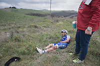 Ariel Maximiliano Richeze (ARG/QuickStep Floors) seriously was involved in a mass crash &amp; is forced to abandon the race at 67km.<br /> He needed 5 stiches to the knee to close the sustained wound.<br /> <br /> 11th Strade Bianche 201711th Strade Bianche 2017