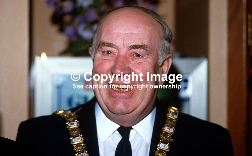 Dixie Gilmore, Ulster Unionist, Lord Mayor of Belfast, N Ireland, UK, 19870915DG..Copyright Image from Victor Patterson, 54 Dorchester Park, Belfast, UK, BT9 6RJ..Tel: +44 28 9066 1296.Mob: +44 7802 353836.Voicemail +44 20 8816 7153.Skype: victorpattersonbelfast.Email: victorpatterson@me.com.Email: victorpatterson@ireland.com (back-up)..IMPORTANT: If you wish to use this image or any other of my images please go to www.victorpatterson.com and click on the Terms & Conditions. Then contact me by email or phone with the reference number(s) of the image(s) concerned.