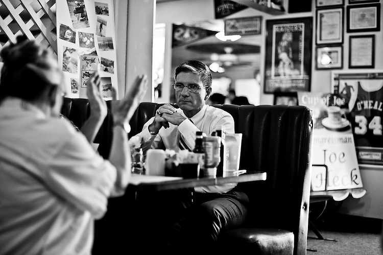 "Joe speaks with constituents during his ""Cup of Joe"" session at Sugars Home Plate restaurant in Overton, Nev., during the August recess on Aug. 31, 2011. (Photo By Bill Clark/Roll Call)"