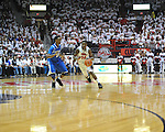 "Ole Miss' Jarvis Summers (32) vs. Kentucky's Ryan Harrow (12) at the C.M. ""Tad"" Smith Coliseum on Tuesday, January 29, 2013. Kentucky won 87-74. (AP Photo/Oxford Eagle, Bruce Newman).."