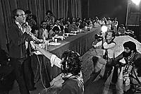 Tomas Bajduino em ato publico contra o Projeto de Emancipaçao do Indio, teatro Tuca. Sao Paulo. 1978. Foto de Juca Martins.