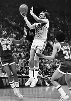 Rick Barry angainst the Seattle Supersonics..<br />