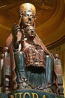 statua della Madonna nera e di Ges&ugrave;  del santuario di Tindari.<br /> Black Madonna in Tindari sanctuary