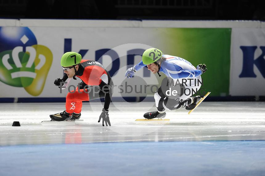 SCHAATSEN: DORDRECHT: Sportboulevard, Korean Air ISU World Cup Finale, 10-02-2012, Remi Beaulieu-Tinker CAN (7), Thibaut Faucconet FRA (23), ©foto: Martin de Jong
