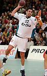Handball Herren, 1.Bundesliga 2003/2004 Goeppingen (Germany) FrischAuf! Goeppingen - Wilhelmshavener HV (25:27) Jaliesky Garcia (FAG) wirft, zieht ab.