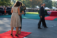 US President Barack Obama (R), First Lady Michelle Obama (L) greet Italian Prime Minister Matteo Renzi (2R) and Italian First Lady Agnese Landini (2L) as they arrive to an official arrival ceremony on the South Lawn of the White House in Washington DC, USA, 18 October 2016. Later today President Obama and First Lady Michelle Obama will host their final state dinner featuring celebrity chef Mario Batali and singer Gwen Stefani performing after dinner. <br /> Credit: Shawn Thew / Pool via CNP /MediaPunch