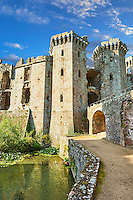 Raglan Castle (Welsh: Castell Rhaglan) a late medieval castle built by Sir William Thomas in the mid 1400's. Raglan Castle , Monmouthshire, Wales