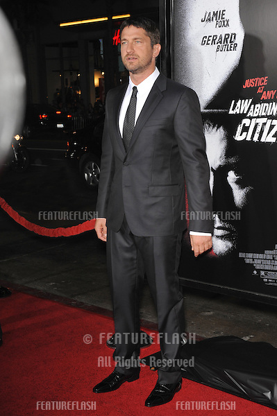 "Gerard Butler at the Los Angeles premiere of his new movie ""Law Abiding Citizen"" at Grauman's Chinese Theatre, Hollywood..October 6, 2009  Los Angeles, CA.Picture: Paul Smith / Featureflash"