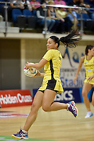 Hannah Poff in action during the ANZ Championship - Mojo Pulse v Queensland Firebirds at Te Rauparaha Arena, Porirua, New Zealand on Sunday 8 March 2015. <br /> Photo by Masanori Udagawa. <br /> www.photowellington.photoshelter.com.