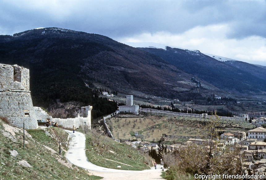 Italy: Assisi--City wall from foot of castle. Photo '85.