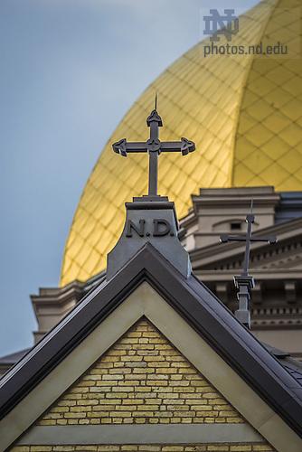 Aug. 16, 2014; Cross on the Main Building<br /> <br /> Photo by Matt Cashore/University of Notre Dame