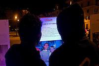 Roma 8 Novembre 2014<br /> Fiaccolata in ricordo di Stefano Cucchi, morto mentre si trovava in stato di arresto, davanti al  Consiglio superiore della magistratura organizzato dalla famiglia Cucchie dall&rsquo;associazione Acad (Associazione Contro gli Abusi in Divisa).<br /> Rome November 8, 2014<br /> Candlelight vigil in memory of Stefano Cucchi, who died while he was under arrest,  in front the Council of the Judiciary organized by the family Cucchi and by the Acad (Association Against Abuse in Uniform).
